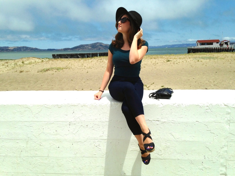 Strappy Wedge and retro hat.