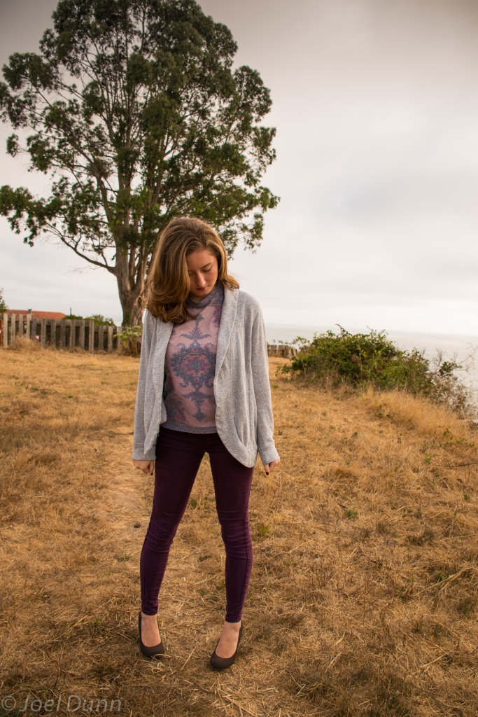 Burgundy skinny jeans, patterned tank top, wedges, gray sweater