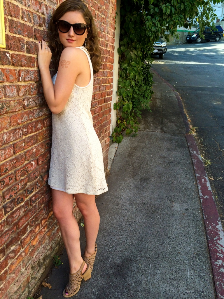 How to wear your hair natural, white lace collared dress, tan mule heels, sunglasses, hoop shell earrings