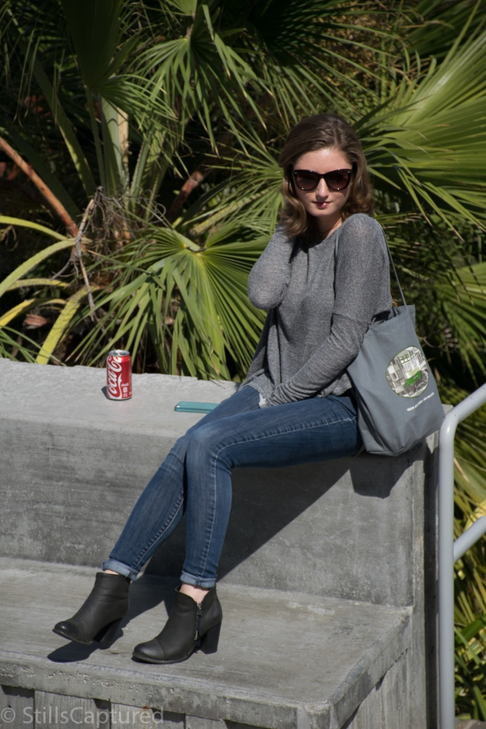 Oversized grey sweater, Cuffed Skinny Jeans, Black Booties, Sunglasses