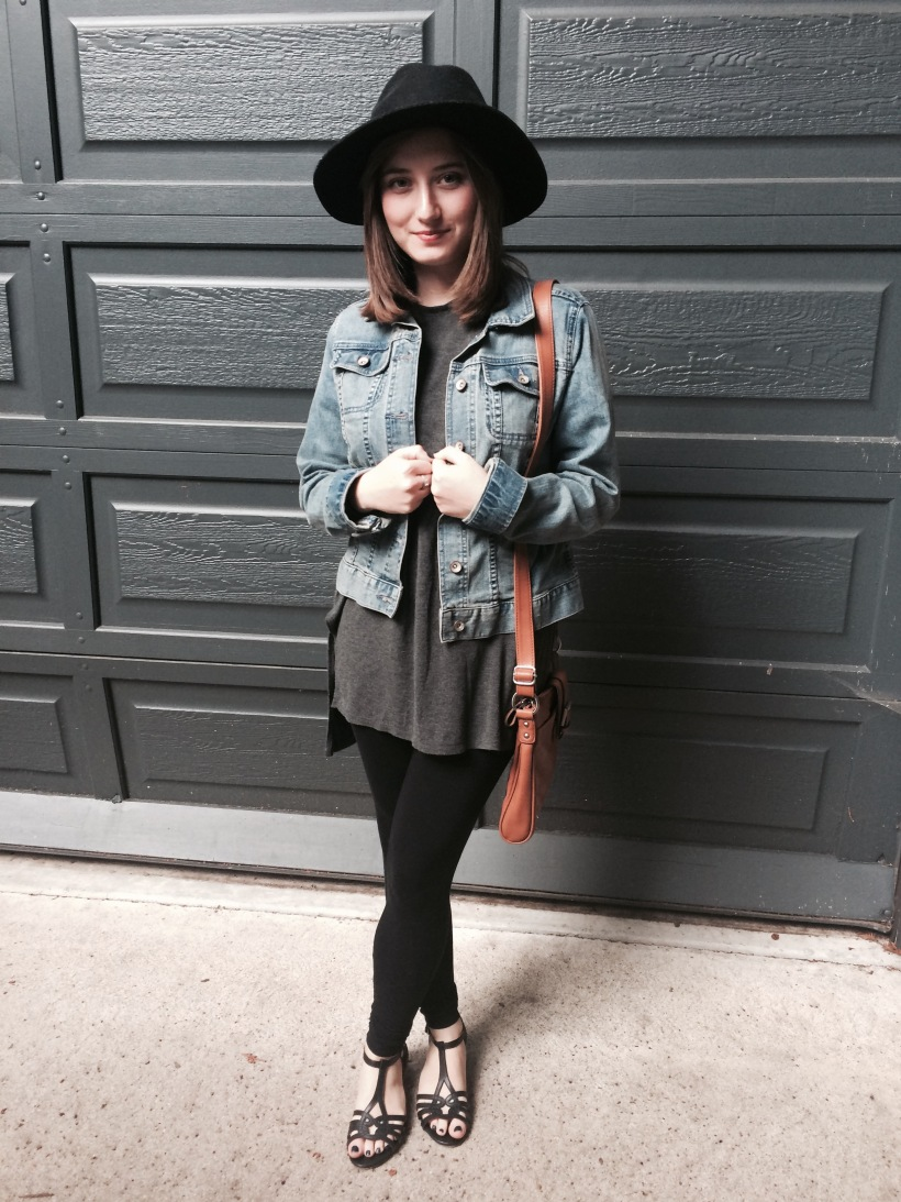 Jean jacket, long tee, leggings, sandals, hat, brown cross body purse