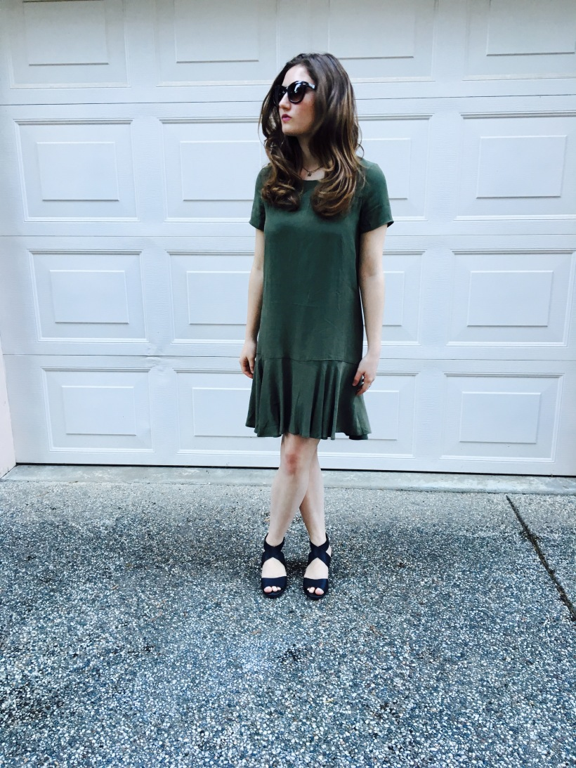 Gap Dress, Nordstrom Sunnies, Lucky Brand Heels
