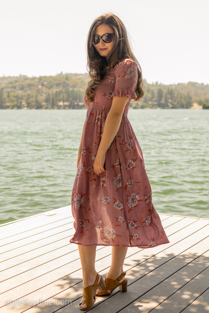 urban outfitters Off the shoulder dress, floral, ootd, pink, summer, blogger, fashion, sunglasses, heels, feminine
