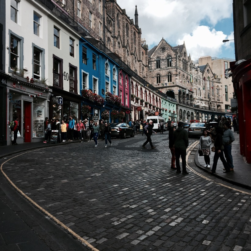 Victoria street, Edinburgh, harry potter, diagon alley