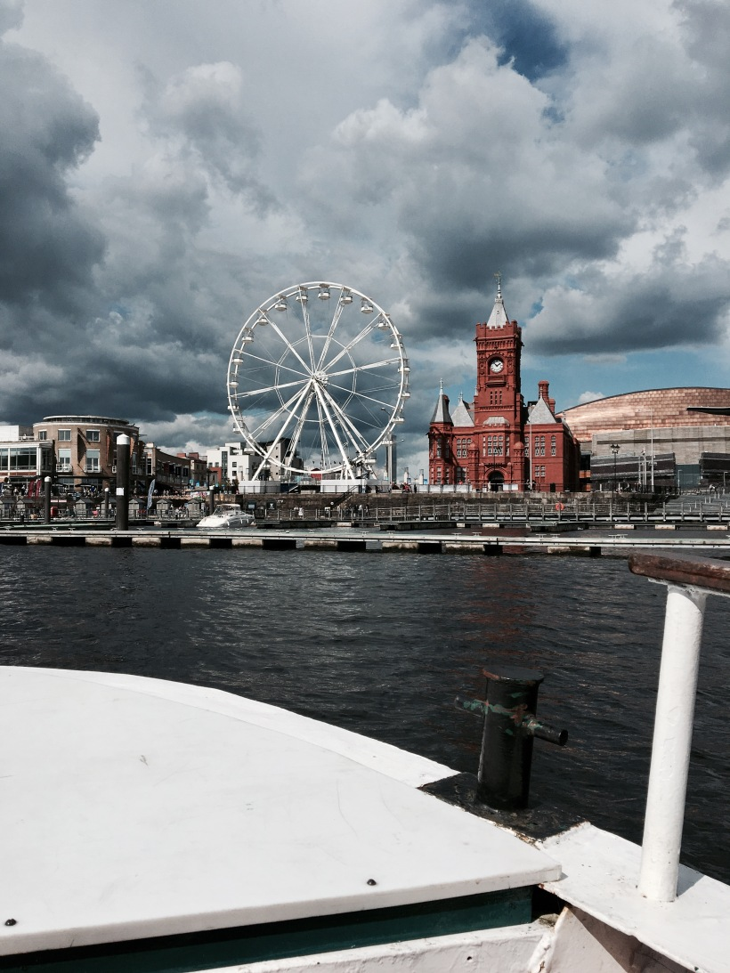 cardiff bay open boat, wales, travel