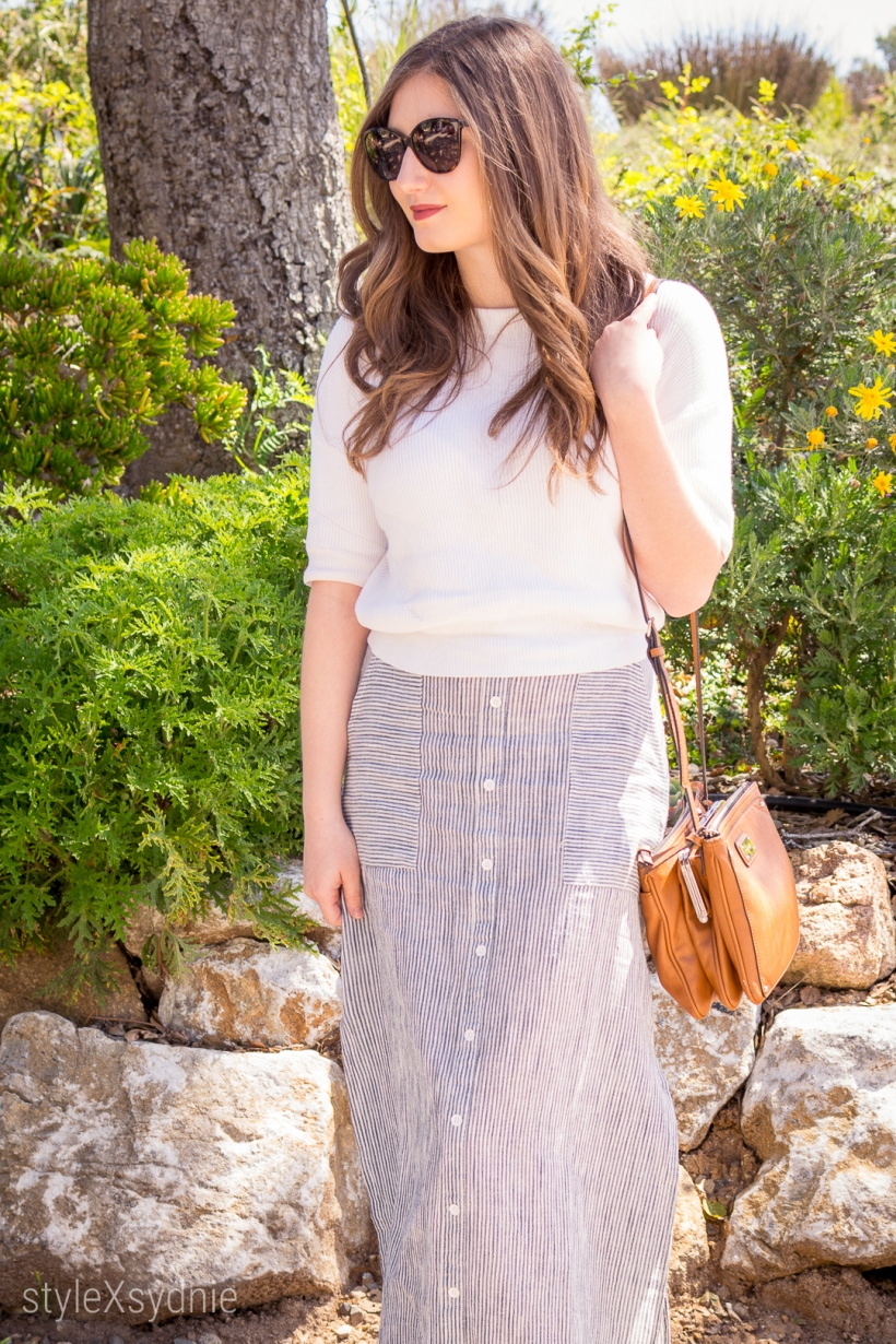 Roxy maxi skirt, Clarks heels, H&M sweater, Marc Jacobs Glasses, Nine West Purse, Spring