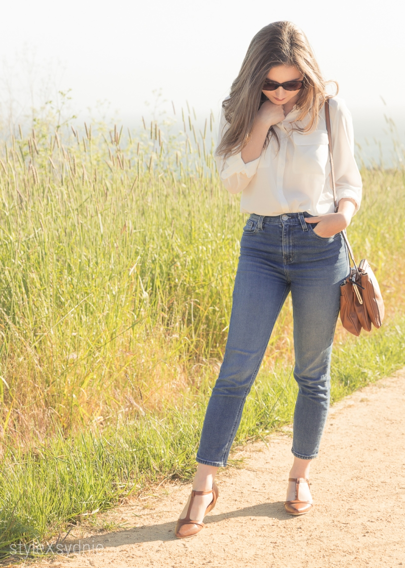 spring, white button down, jeans, brown flats, marc jacobs sunnies, nine west purse